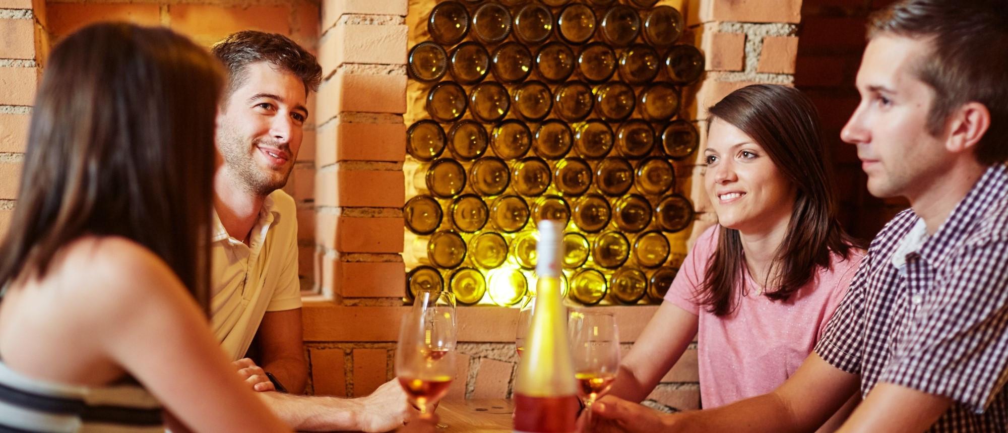 Weingut Hagmann Weinplauderei mit Freunden